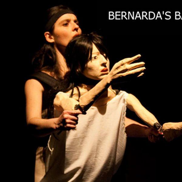 BernardaBackstage_cartel